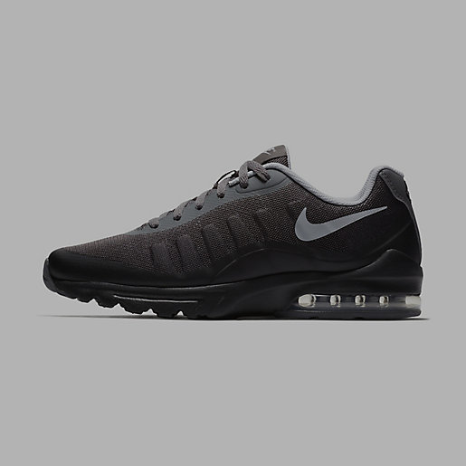 nike air max invigor bleu marine avec semelle noir intersport
